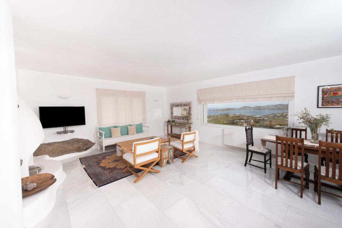 Living-room entrance level.jpg-1200x801