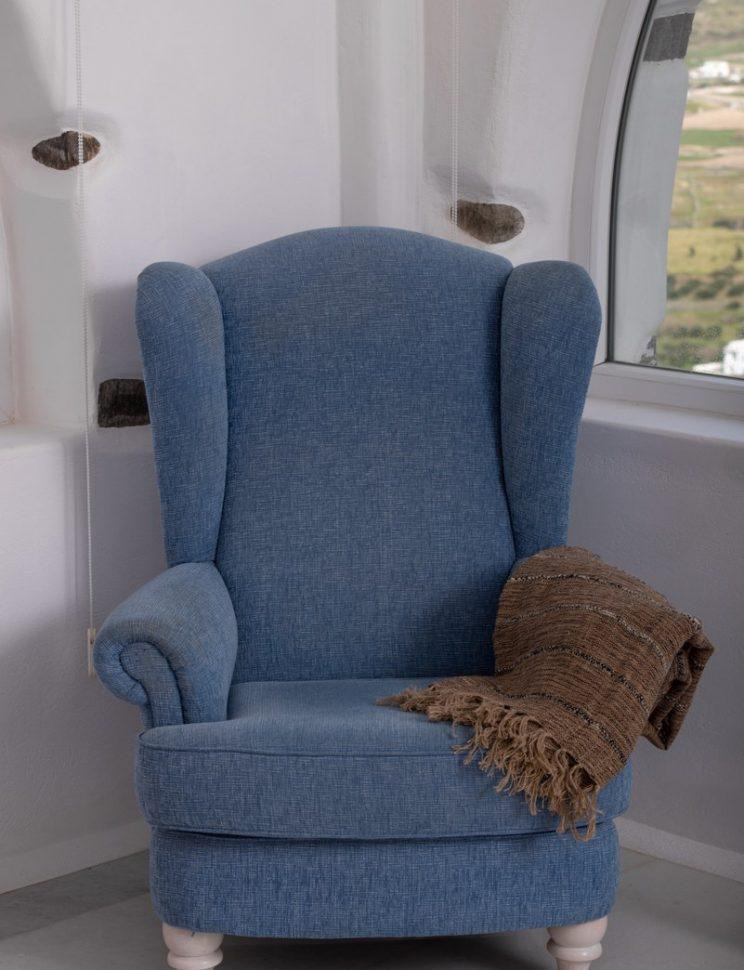 armchair detail.jpg-801x1200